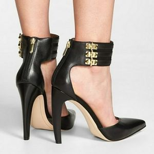 Sam Edlman Sexy Leather studded Pumps Claire